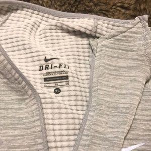 Nike dri-fit quarter zip top